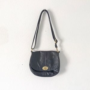 {Fossil} Carson Flap Crossbody Saddle Bag